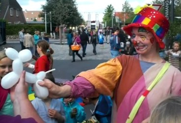 Clownin Susi beim Wallfest in Busdorf